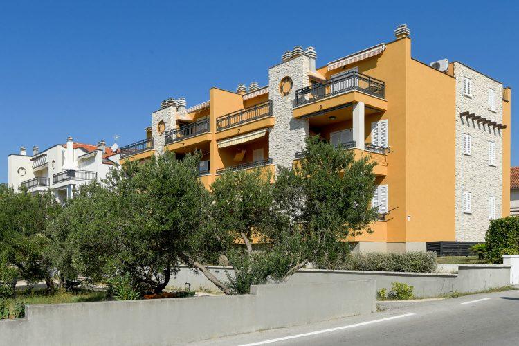 invedes-projekti-olive-grove-houses-i-foto-1