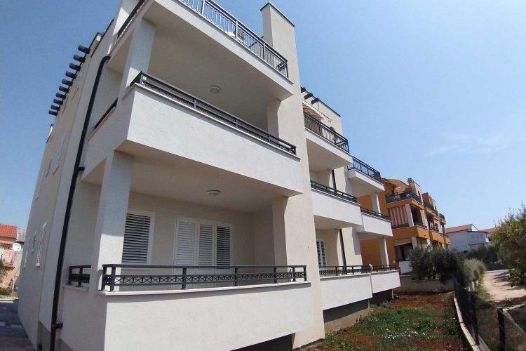 invedes-projekti-olive-grove-houses-ii-foto-2