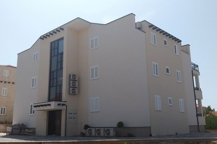 invedes-projekti-olive-grove-houses-ii-foto-3