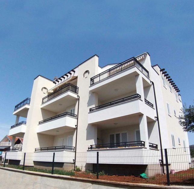 invedes-projekti-olive-grove-houses-ii-foto-naslovna